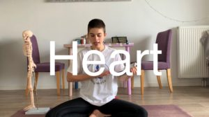 Yoga #17 : Heart and breath